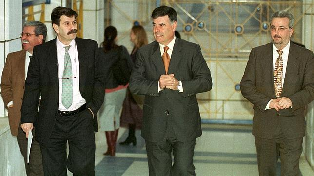 Viera y, a su derecha, Fernández